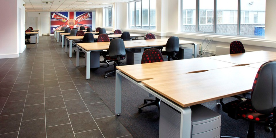 accent-open-plan-office-5 gallery image